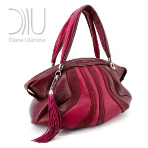 Designer Travel Bags For Women. Cachalote Burgundy Red by Diana Ulanova. Buy on women-bags.com
